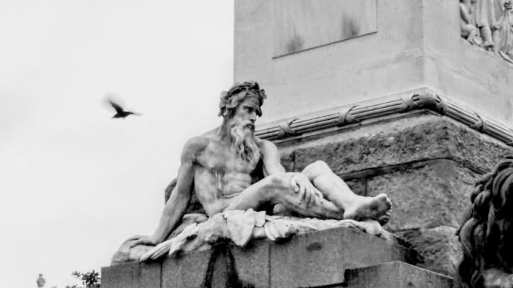 La insportable levedad del ser de las estatuas. (c) Rau García
